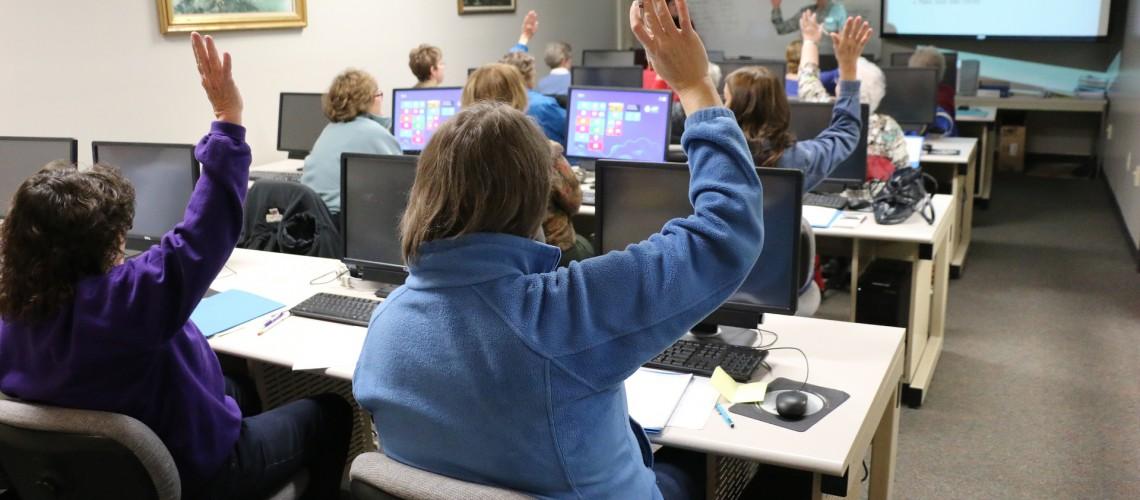 Célinform@tique anime des ateliers numériques pour Seniors !